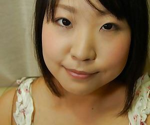 Shy asian teen Jun Matsuzaki rapine helter-skelter together with playing with a vibrator