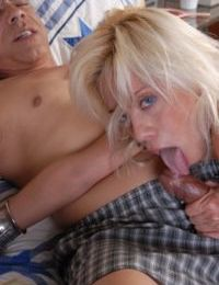 Mature Blonde gives nice head and bends over for deep anal penetration