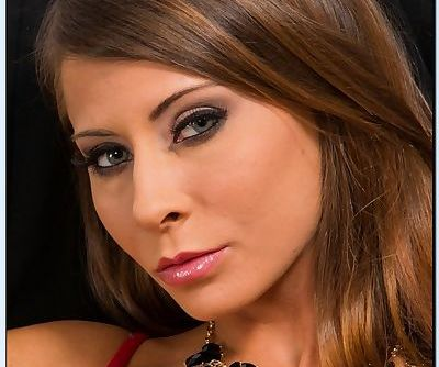 Gorgeous office babe Madison Ivy stripping and spreading her lower lips