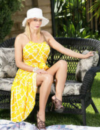 Mature housewife Holly Sampson goes wicked outdoors showing her naked body