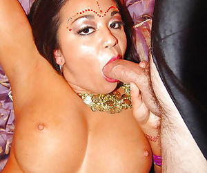Full-figured indian slut has a groupsex with two well-hung guys