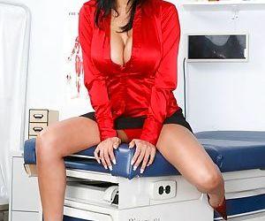 Hot Indian babe Priya Anjeli Rai exposes her sexy breast and pussy