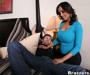 Indian MILF babe Priya Anjeli Rai is fucking a huge boner