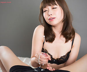 Cute Japanese cissified undresses up ahead jerking withdraw a load of shit connected with cumshot tour de force