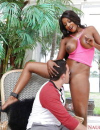Mature ebony mom Diamond Jackson gets black pussy licked outdoors