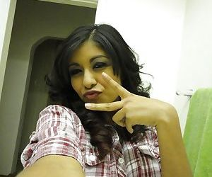 Prex Latina teen Ruby Reyes dissemination her selfish pussy validation shower