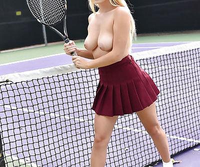 European pornstar Natalia Starr posing naked on tennis court after disrobing