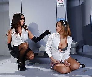 Lesbian milfs Ariella Ferrera and Keisha Grey having wild sex