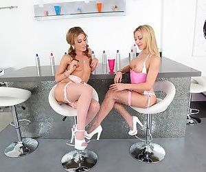 Lesbians in heeled shoes Amy Brooke and Sheena Shaw show cunts in the kitchen