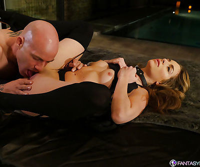 Small boobed Kimmy Granger having bald cunt licked and penetrated