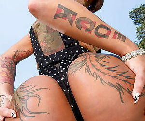 Asian big ass babe with tatoo Bella spreading her butt open