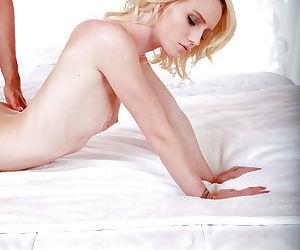 Lilliputian 18 year old kirmess slut Sammie Daniels taking weasel words close to shaved pussy
