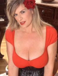 European housewife with huge saggy boobs Marina Rene creams her big melons