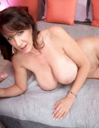 Big boobed older woman Cassie Cougar gets in on with young lovers big penis