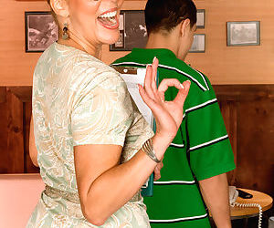 Hot mom Erica Lauren facesitting a young man shes supposed to be tutoring