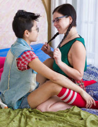Dykes in glasses Juliette M and Twlya engage in rough lesbian sex games