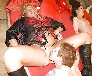 Older and younger amateurs Sarah Dark and Lisa Oma enjoying hardcore sex