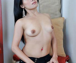 Filipino spinner Keithlene baring small breasts and spread vagina