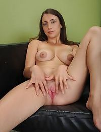 Teen first timer Paprikah McAdams making porn debut on casting couch