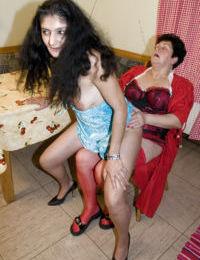 European mature MILF amateurs Gunid Moll & Romana fuck each other with dildos