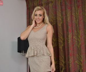 Amateur teen blonde Sapphire Blue is lying naked on the sofa!