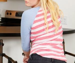 Teen cutie Lila Rose strips denuded encircling flaunt the brush denuded young hard body