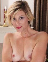 Short haired older woman Jayden Monroe makes her nude modeling premiere