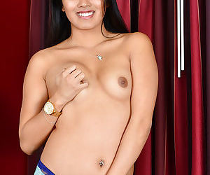 Amateur Asian Addison Avery slowly undressing and posing in close-up