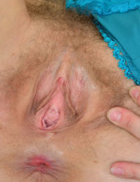 Mature solo model Mischelle stretches her hairy vagina and asshole open