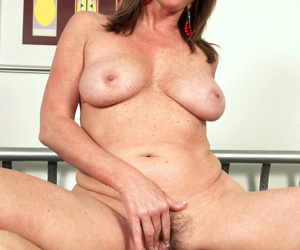 Nude older woman Josette Lynn gets banged by her boy toy after he massages her
