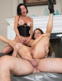 Pornstars Veronica Avluv and Ziggy Star fuck a dude with a bog dick