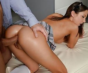 European Foxy Di sucking cock while cupping balls before anally hit