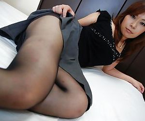 Asian MILF Machiko Nishizaki undressing increased by exposing their way good-looking cunt