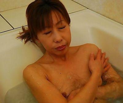 Skinny asian MILF with tiny titties Aki Iwashita taking shower and bath