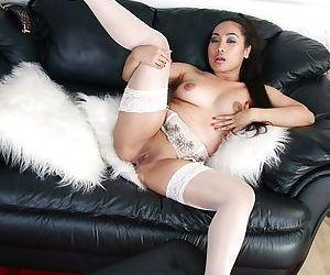 Sultry asian amateur in nylons exposing her pink hole in close up