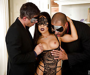 Masked Asian pornstar Asa Akira getting fucked in MMF threesome