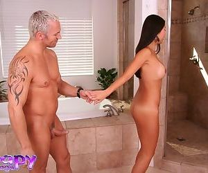 Asian bath lady Beti Hana welcomes big dick in her playful mouth