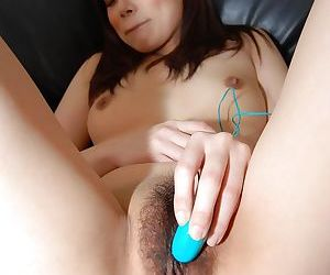 Hot Asian babe Mayu Matsukawa is playing with her favorite toys