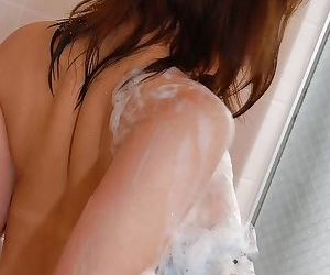 Tempting asian babe Kotomi Mizusawa undressing and taking shower