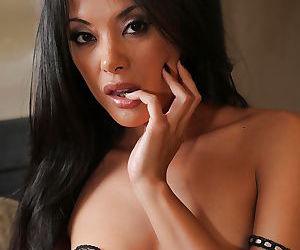 Asian brunette milf Kaylani Lei is revealing her new underwear