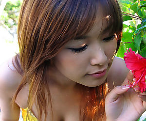 Lovely asian tolerant Yua Aida losing ground wanting her threads together with panties