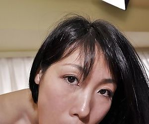 Asian MILF beside prudish twat Yuko Mukai gobbles a hard load of shit increased by gets fucked