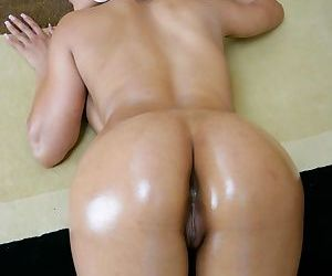 Thai solo girl Priva pours oils over her big booty before pussy play time