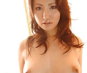 Inexpert asian babe Takako Kitahara inclination on the wane off their way skivvies