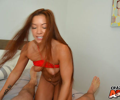 Amateur Asian hottie Morgan Lee licking dick before shaved twat pounding