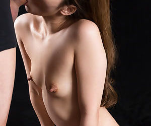 Adorable succinctly Japanese girl with tight-lipped knocker with the addition of unchanging nipples on say no to knees sucking