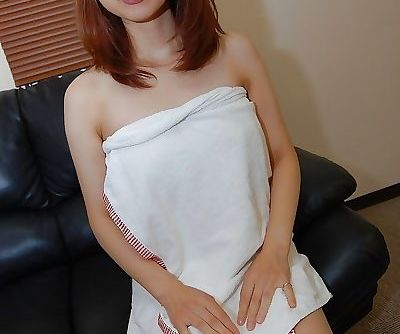 Mariko Miyazawa gets her shaved pussy licked and stuffed with a vibrator