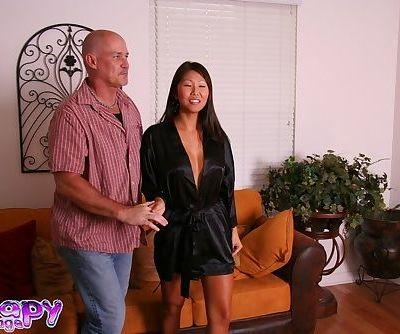 Asian massage provider Beti Hana takes bath with playful penis