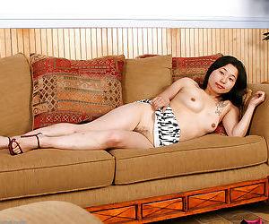 Amateur Asian girlfriend Mini flashing small breasts for boyfriend