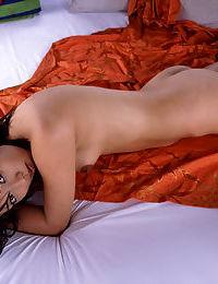 Attractive Chinese model with bushy slit Bunko Kanazawa posing stripped